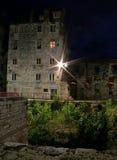 Haus in der Nacht Lizenzfreie Stockfotografie
