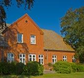 Haus der roten Ziegelsteine Stockbilder