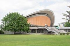 Haus dera Kulturen dera obrzęk, Znaczy dom świat kultury W Niemieckim języku w Berlin, zdjęcie royalty free