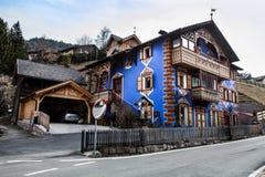 Haus des Süd-Tirols Ortisei, Italien Stockfotografie