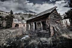 Haus des verlassenen Bergmannes in Kolorado lizenzfreie stockbilder