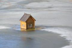 Haus für Schwäne Stockfoto