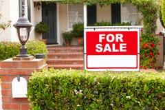 Haus für Verkauf Lizenzfreie Stockfotografie
