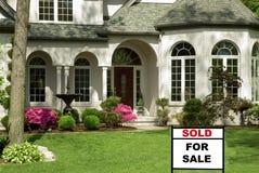 Haus für Verkauf Stockbild
