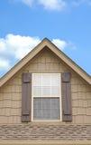 Haus-Fenster-Spitze Stockfoto