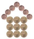 Haus gebaut von den Münzen Stockbilder