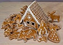 Haus gebildet vom Mehl und vom Zucker Stockfotos
