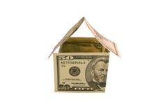 Haus gebildet von US fünfzig Dollarscheine Stockbild