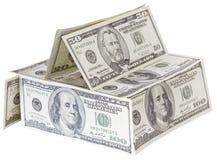 Haus gemacht von US-Dollars mit dem Pfad eingeschlossen Stockbild