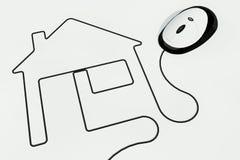 Haus gezeichnet mit Mäusedraht Stockbilder