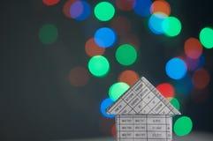 Haus hat buntes bokeh als Hintergrund Lizenzfreie Stockbilder