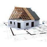 Haus im Aufbau und im Blau Stockbild