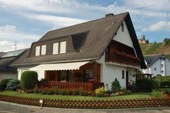 Haus im deutschen Dorf Lizenzfreies Stockbild