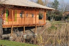 Haus im Freizeitpark lizenzfreie stockbilder