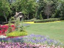 Haus im kanadischen Garten Stockfoto