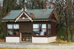 Haus im Park nave stockfotos