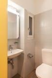 Haus, inländisches Badezimmer lizenzfreie stockbilder