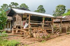 Haus in Kayan-Dorf, Kayah-Zustand, Myanmar Stockbilder