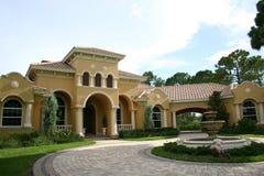 Haus - luxuriös Lizenzfreies Stockfoto