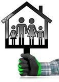 Haus mit einer Familie lokalisiert auf Weiß Stockfoto