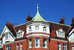 Haus mit Green Dome Lizenzfreie Stockbilder