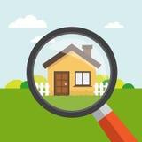Haus mit Lupe Lizenzfreies Stockfoto