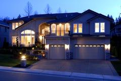 Haus nachts Stockbild
