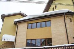 Haus schneebedeckte 8 Lizenzfreie Stockfotos