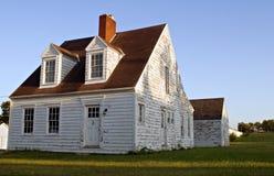 Haus am Sonnenuntergang Lizenzfreie Stockbilder