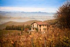 Haus und Berg Stockbild
