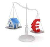 Haus-und Euro-Symbol-Balancieren Lizenzfreie Stockfotografie