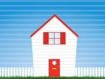 Haus und Garten mit Pfostenzaun Stockfotos
