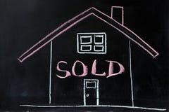 Haus verkauft Stockbilder