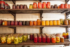 Hausbewahrung des Gemüses und der Frucht Stockfotos