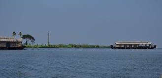 Hausboote auf Kottayam-Stauwassern Stockfotografie