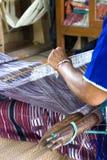 Hausfrauwebart-Baumwolltuch lizenzfreie stockfotografie