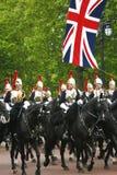 Haushalts-Kavallerie am Geburtstag der Königin führen vor Lizenzfreies Stockfoto