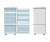 Haushaltsgerätkühlschrank offen und geschlossenes lokalisiert auf weißem Hintergrund Kühlschrank des elektronischen Geräts Hausha Lizenzfreies Stockfoto