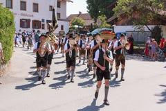 Hausham/Duitsland/Beieren-Bavaria-09 Augustus: fanfarekorps Elbach Royalty-vrije Stock Afbeeldingen