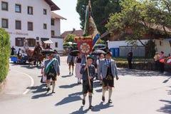 Hausham/Germania/Baviera 9 agosto: club vecchio Rosenheim dei costumi Fotografia Stock Libera da Diritti