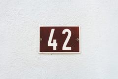 Hausnummer 42 Stockfotos