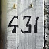 Hausnummer 431 lizenzfreie stockbilder