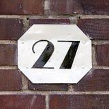 Hausnummer 27 lizenzfreies stockbild