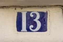 Hausnummer dreizehn 13 Lizenzfreie Stockfotos