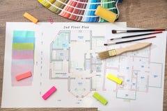 Hausprojekt mit Farbpalette stockfotografie