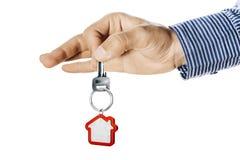 Hausschlüssel in der Hand Stockbilder