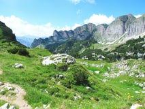 Hausse dans l'aeria de montagne de Rofan au Tyrol (Autriche) photo stock