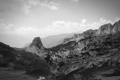 Hausse dans l'aeria de montagne de Rofan au Tyrol (Autriche) photographie stock libre de droits