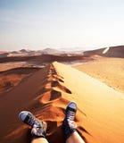 Hausse dans le désert Photos stock