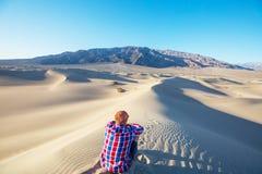 Hausse dans le désert Photographie stock